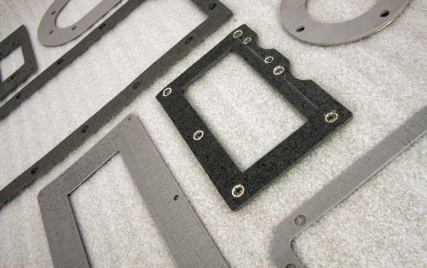 Flachdichtungen aus Silikon mit gerichteten Dräten